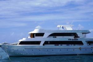 Malediven Boot Ari Queen
