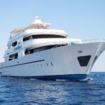 Schrägansicht Tauchsafarischiff Seven Seas