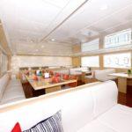 Seitenansicht Salon Safarischiff MY Blue Seas