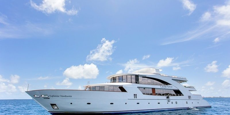 Seitenansicht Safariboot Carpe Novo