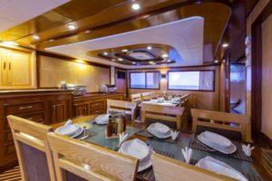 Restaurant Tauchboot Golden Dolphin 2
