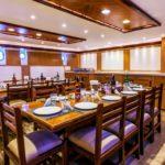 Restaurant Tauchsafariboot Golden Dolphin 3