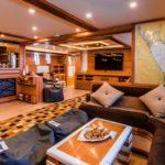 Salon Safarischiff Golden Dolphin 3