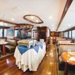 Restaurant Tauchschiff Galapagos Sky