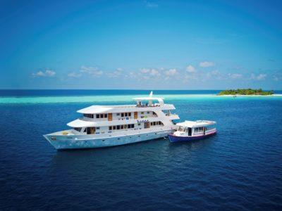 Schiff Dhoni Tauchsafarischiff MV Keana