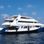 Schiff und Dhoni Tauchboot Blue Voyager
