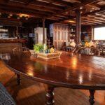 Tisch Salon Safarischiff Amba